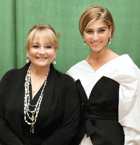 Нино Нинидзе со знаменитой мамой