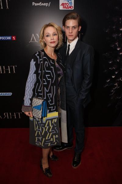 Павел Табаков с матерью