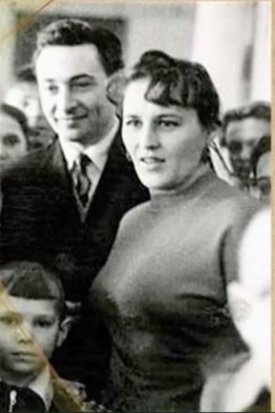 В браке у Тихонова и Мордюковой родился сын Владимир