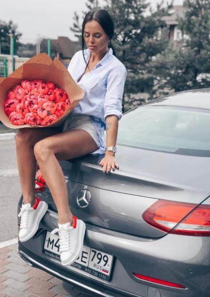 Предыдущий Mercedes 2017 года выпуска Вика обменяла по Трейд-ин