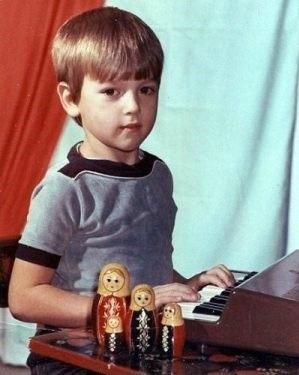 Школа закалила Сергея Аморалова
