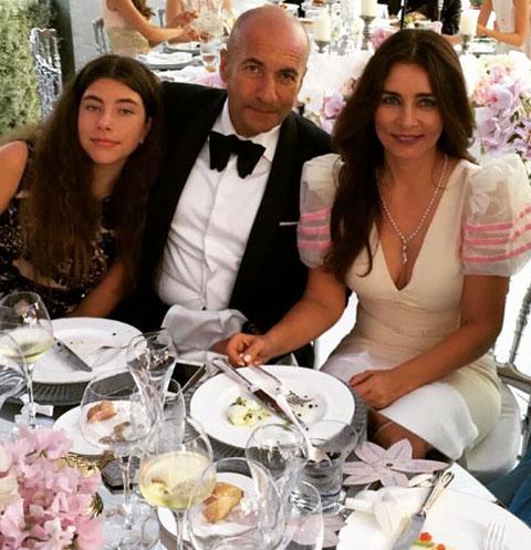 Игорь Крутой с женой Ольгой и дочкой Александрой