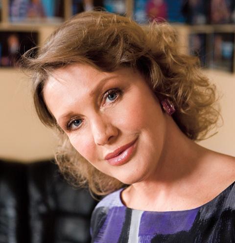 Актриса была замужем официально трижды, но еще больше у нее было романов