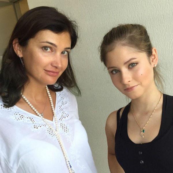 Юлия Липницкая и Варвара Табутарова
