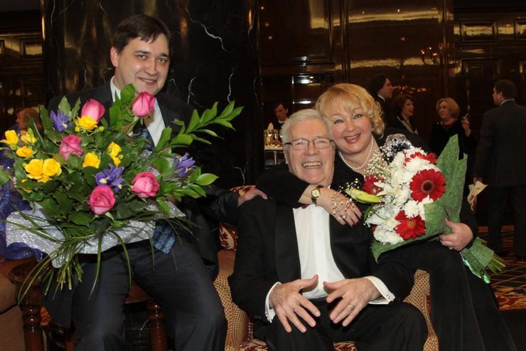Жена и сын оставались рядом с Евгением Жариковым до самого конца