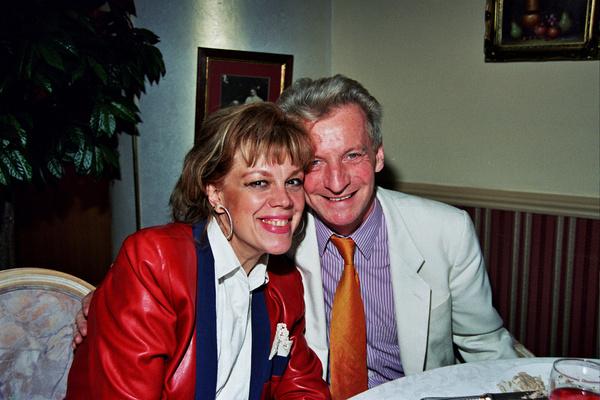 Казарновская много лет счастлива с мужем, австрийским продюсером Робертом Росциком