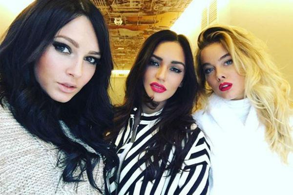 """По мнению солисток группы """"Серебро"""", несмотря на откровенные наряды, они воспринимаются зрителями как недоступные красавицы"""