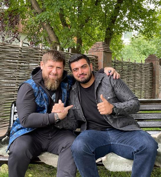 Недавно певец побывал в гостях у Рамзана Ахматовича