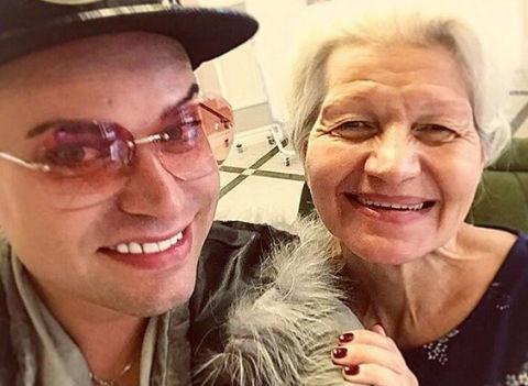 Гоген Солнцев обвинил 63-летнюю жену в алкогольной зависимости