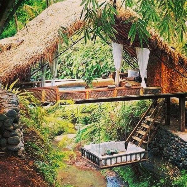 Возможно, в ближайший отпуск Юлия отправится именно на Бали в поисках подобного места