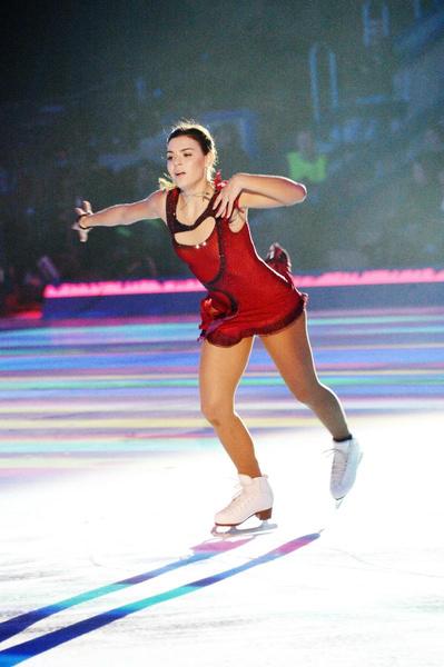 Аделина Сотникова пока боится выходить на лед после операции