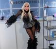 Танцы на столе и пикантные наряды: Леди Гага зажгла на свадьбе подруги