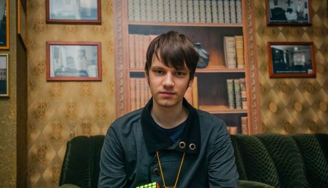 Участник шоу «Удивительные люди» Роман Страхов: «Я показывал фокусы в барах»