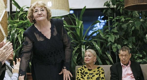 Елена Суржикова поддерживает связь с Людмилой Поргиной