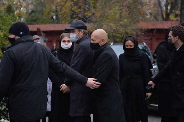 Похороны прошли с соблюдением всех ограничительных мер.