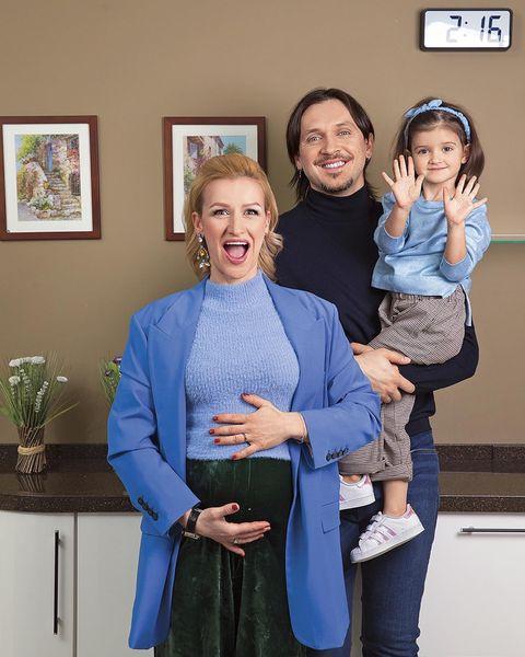 Татьяна перестала скрывать беременность