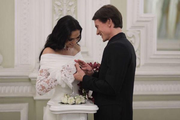 Алена и Алексей официально стали мужем и женой