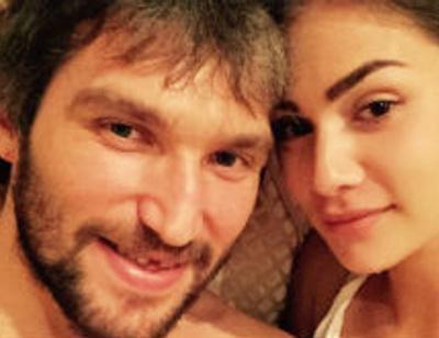 Александр Овечкин устроил невесте романтический отдых в Крыму