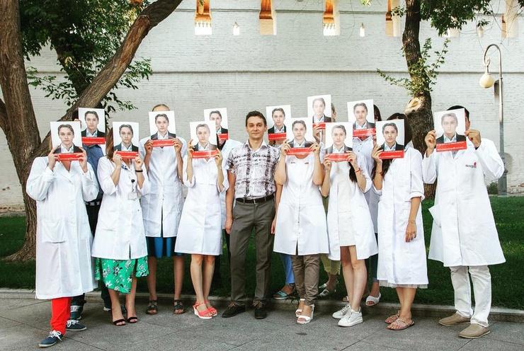 На митинг в поддержку Александра Шишлова только за сутки собралось 200 врачей