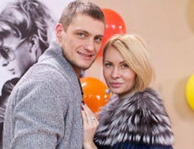 Элина Камирен и Александр Задойнов выбирают элитную недвижимость в столице