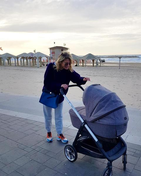 Актриса проводит много времени с малышом
