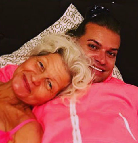 63-летняя супруга изменила Гогену Солнцеву