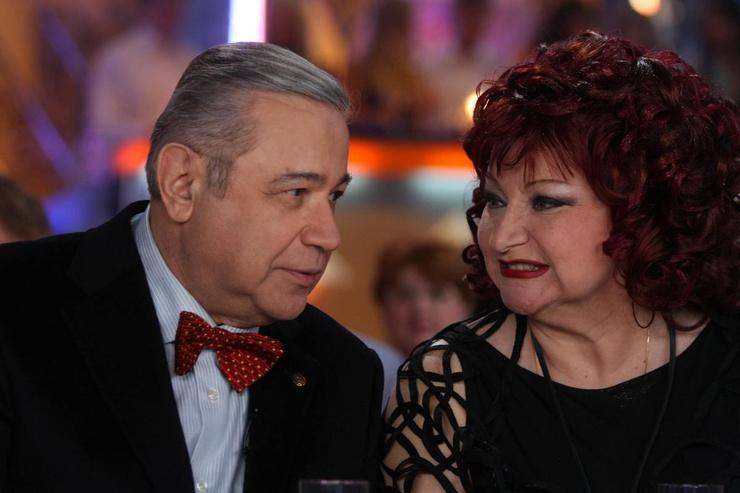 Юморист прожил с Еленой Степаненко более 30 лет