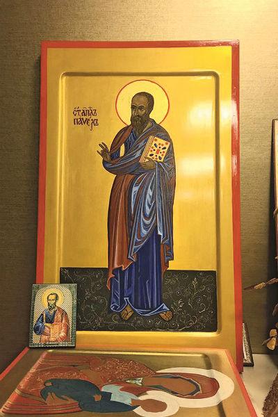 Эту икону Мария написала специально для мужа, нападающего московского клуба «Динамо» Павла Погребняка