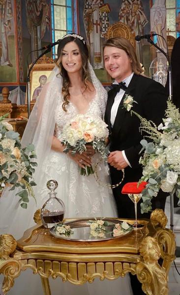 Пасынок Стаса Михайлова с супругой