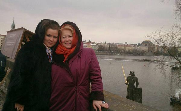 Людмила Мальцева и ее дочь Полина Нечитайло