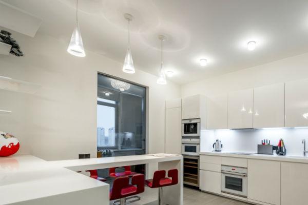 Кухня в квартире, которую продает Тарасов