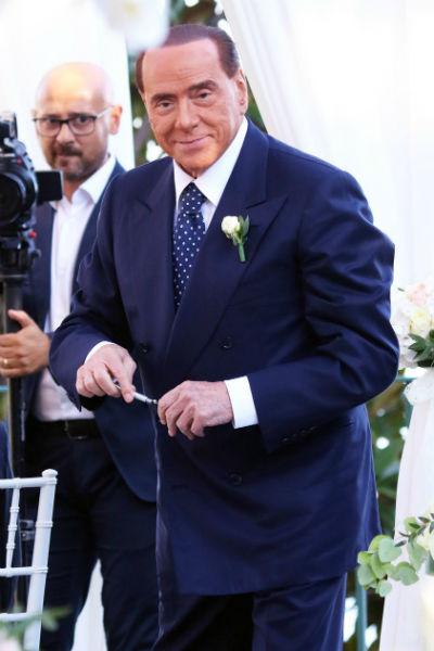 Берлускони хочет попасть в Европарламент