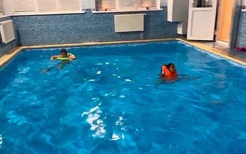 Такой бассейн в новом доме Прилучного