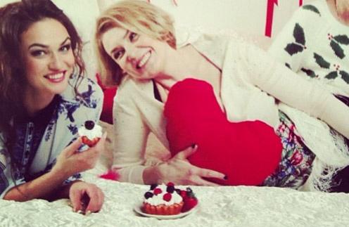 Алена Водонаева с мамой Ларисой