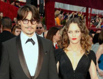 Зарубежные СМИ обсуждают воссоединение Джонни Деппа и Ванессы Паради