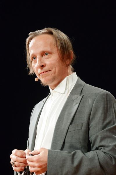 По смерти друга скорбит Иван Охлобыстин