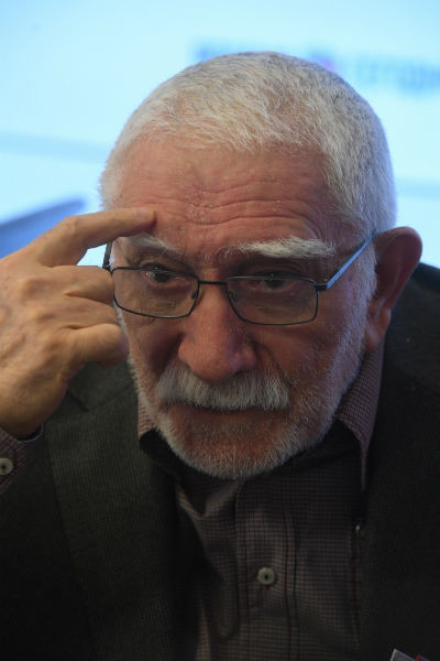 Армен Джигарханян совсем недавно вернулся к работе после очередной госпитализации