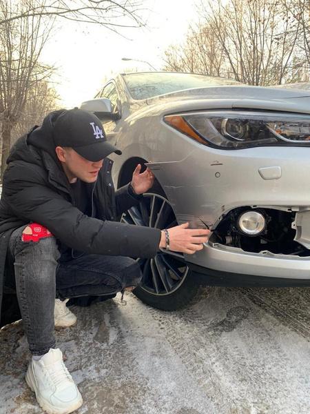 Артисту придется делать ремонт автомобиля