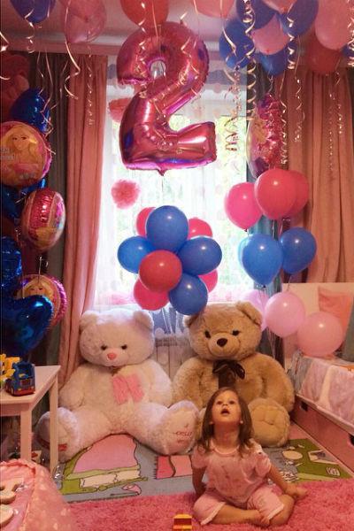 К двухлетию Василисы родителям девочки удалось наладить отношения