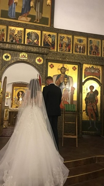 Дмитрий Тарасов обвенчался с Анастасией Костенко