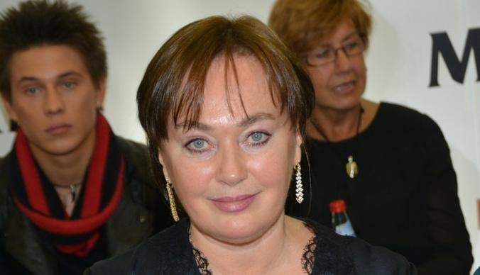 Лариса Гузеева хотела развестись из-за переписки мужа с другими женщинами