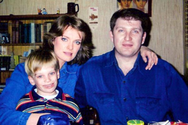 Семья Копосовой распалась из-за измены мужа