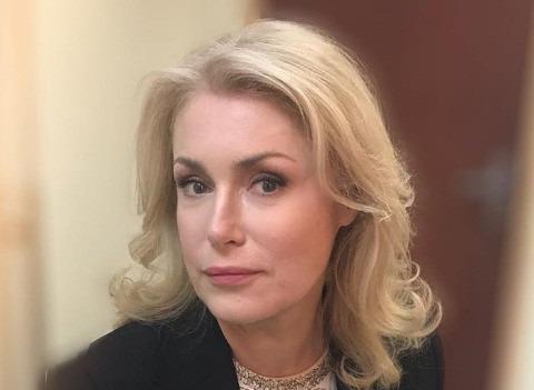 Мария Шукшина помирилась с дочерью после скандала на Первом канале