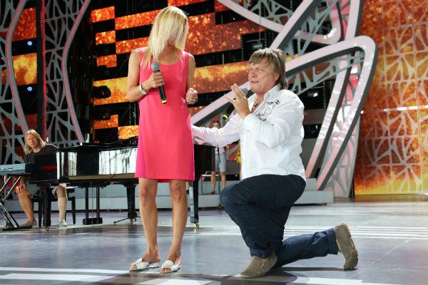 Татьяна Овсиенко спела с Виктором Салтыковым на творческом вечере Дробыша