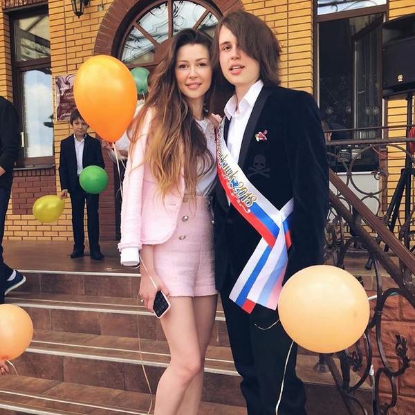 Старшие дети Анастасии Заворотнюк — Анна и Майкл