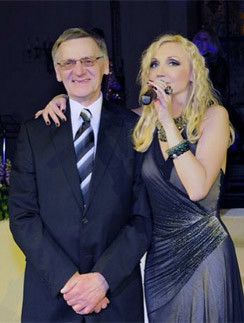 Кристина Орбакайте с отцом Миколасом Орбакасом