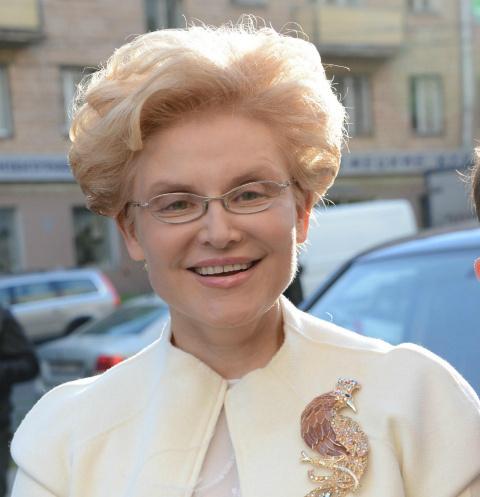 Две недели в реанимации: мама Елены Малышевой с трудом победила коронавирус