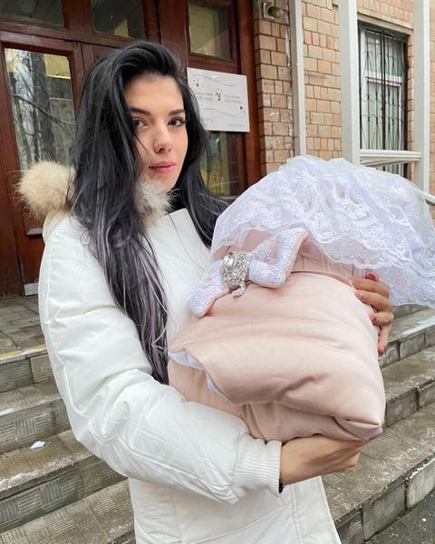 Недавно Ирина Пингвинова впервые стала мамой
