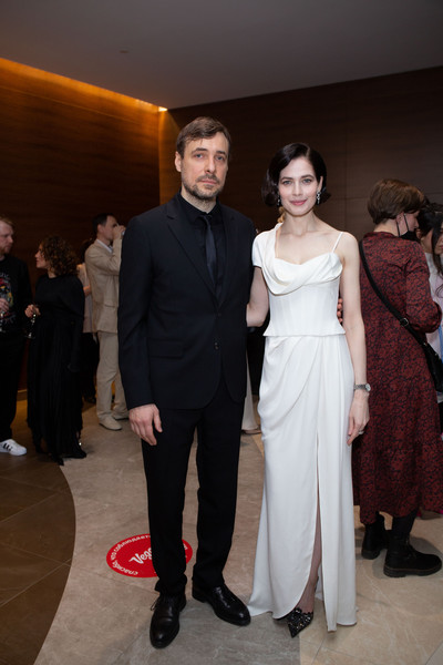 Евгений Цыганов женился на Юлии в 2019 году