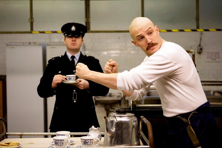 В картине «Бронсон» преступника весьма достоверно сыграл Том Харди